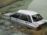 واژگونی پراید در کانال آب در رشت