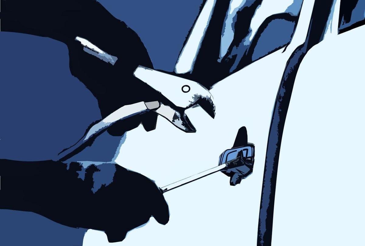 زن خودرو دزد دستگیر شد