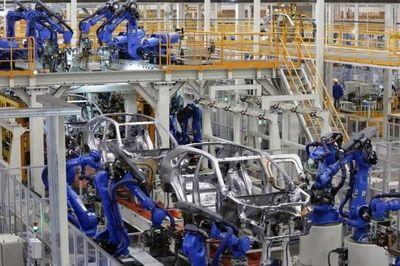 یک میلیون و ۳۰۰ هزار دستگاه؛ تولید خودرو امسال