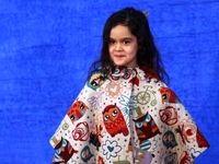 ژست جالبِ بازیگر خردسال ایرانی روی فرش قرمز +عکس