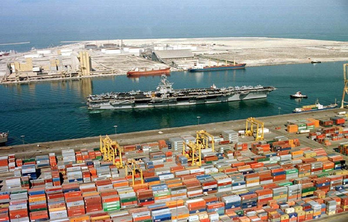 چرا در سال جهش تولید، کالای لوکس و قاچاق به کشور وارد میشود؟