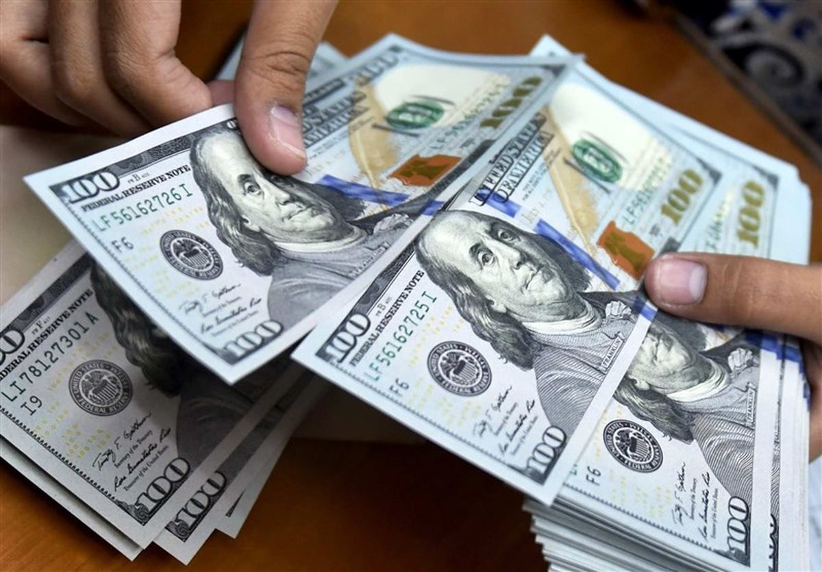 ارزش جهانی دلار آمریکا کاهش یافت