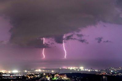 3199643_a21f09c3-0183-4aeb-8542-c83404e2a456-2_lightning