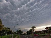 ظهور ابرهای عجیب در آسمان سیدنی +تصاویر