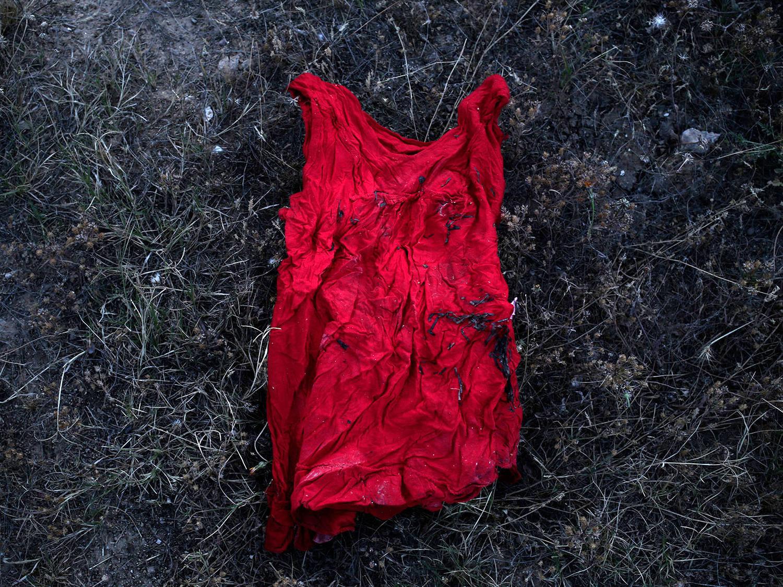بقایای باقیمانده از سقوط هواپیمای مالزی