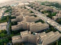 آنچه که تهرانیها را به سمت اکباتان 40 ساله میکشاند