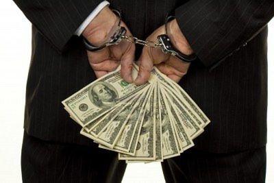 بازار ارز را پلیسی اداره نکنید