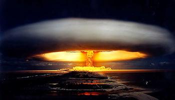 جهان چند بار در معرض جنگ هستهای بوده است؟