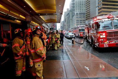 51925c3b-a428-4def-b3c9-5a90be7e067a-AP_Helicopter_Crash_Manhattan-3