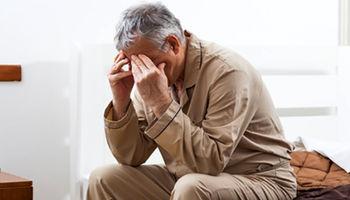 نشانهها و خطرات استروژن بیش از حد برای مردان