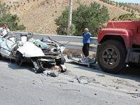 8 مصدوم در تصادف کامیون و پراید