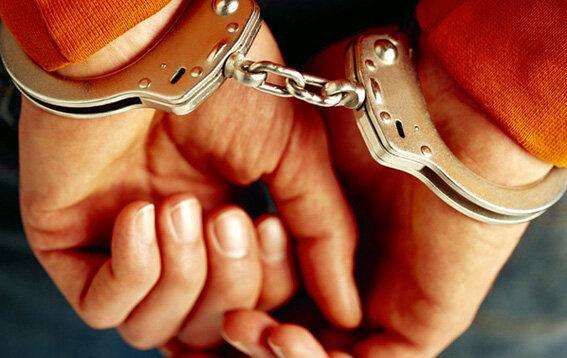 بازداشت پزشک قلابی طب سنتی
