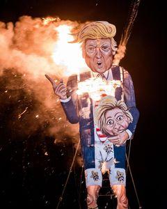 آتش زدن ماکت دونالد ترامپ +عکس
