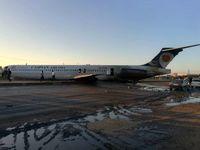 حادثه برای هواپیمای مسافربری در ماهشهر +فیلم