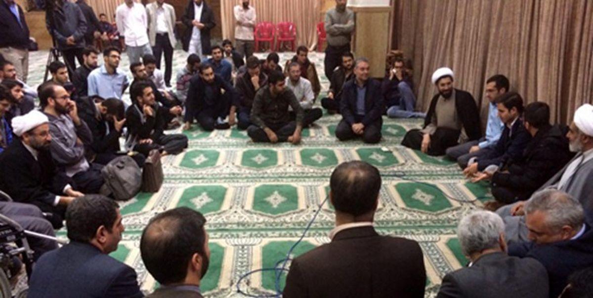 دیدار رئیس نهاد نمایندگی مقام معظم رهبری در دانشگاهها با دانشجویان