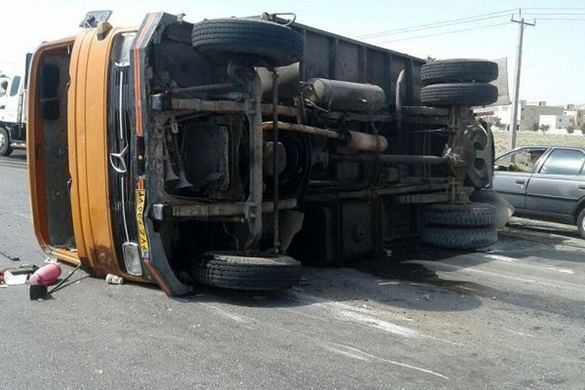 واژگونی کامیون یک کشته برجای گذاشت