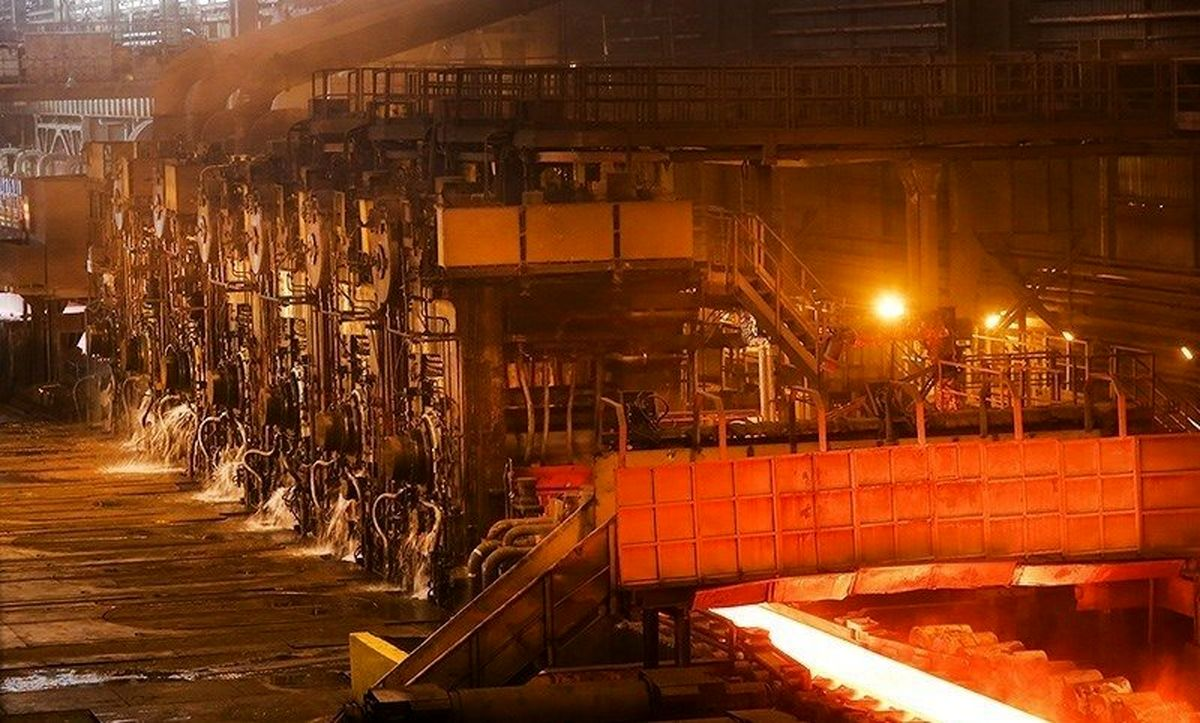 سهامداران فولاد مبارکه بخوانند (۲۵ آبان)/ فولاد همچنان در مدار صعود
