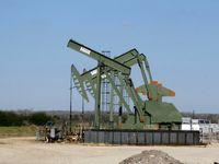 نفت در مسیر بزرگترین افت هفتگی در ماه های اخیر / چرا افت ذخایر آمریکا از بازار حمایت نکرد؟