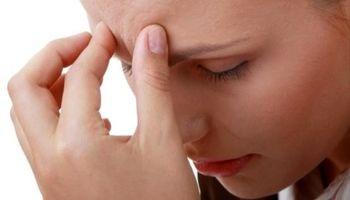 ۶ عادتی که باعث سردرد میشوند