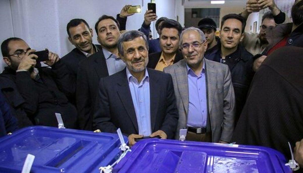 اظهارات جنجالی احمدی نژاد درباره آمریکا