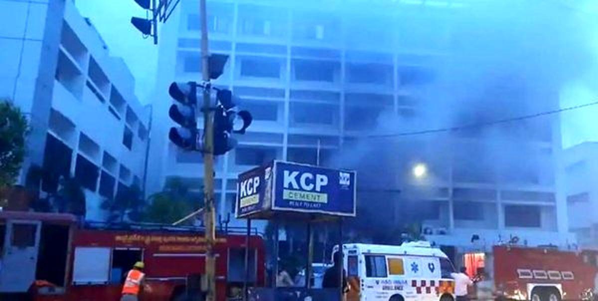 مرگ ۱۳کرونایی به دلیل آتشسوزی در یک بیمارستان!