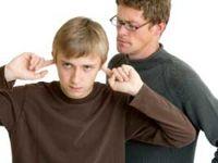 چگونه از بروز تنش بین نوجوانان و والدین بکاهیم؟