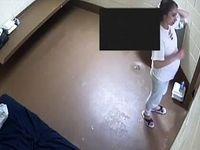 شکایت زنی که به تنهایی در زندان مجبور به زایمان شد