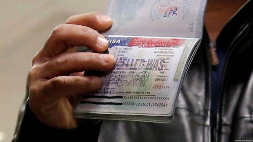 اتحادیه اروپا به دنبال سختگیری برای «پاسپورتهای طلایی»
