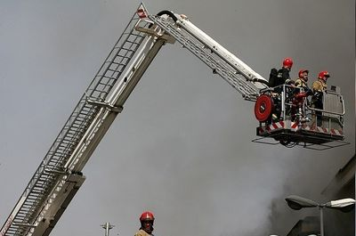 آتش سوزی در بازار مبل یافت آباد