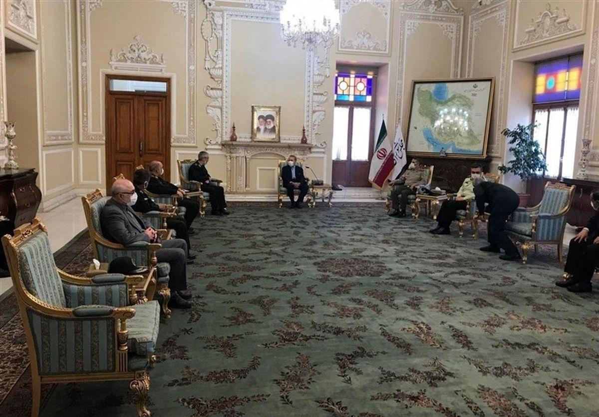 در دیدار لاریجانی با فرماندهان ارشد نظامی چه گذشت؟