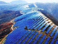 واردات بیش از ۵ هزار تن پنل خورشیدی به کشور