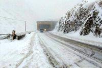 برف و باران در جادههای ۹استان