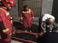 سقوط خانم ۳۵ ساله از طبقه دوم ساختمان مسکونی +تصاویر