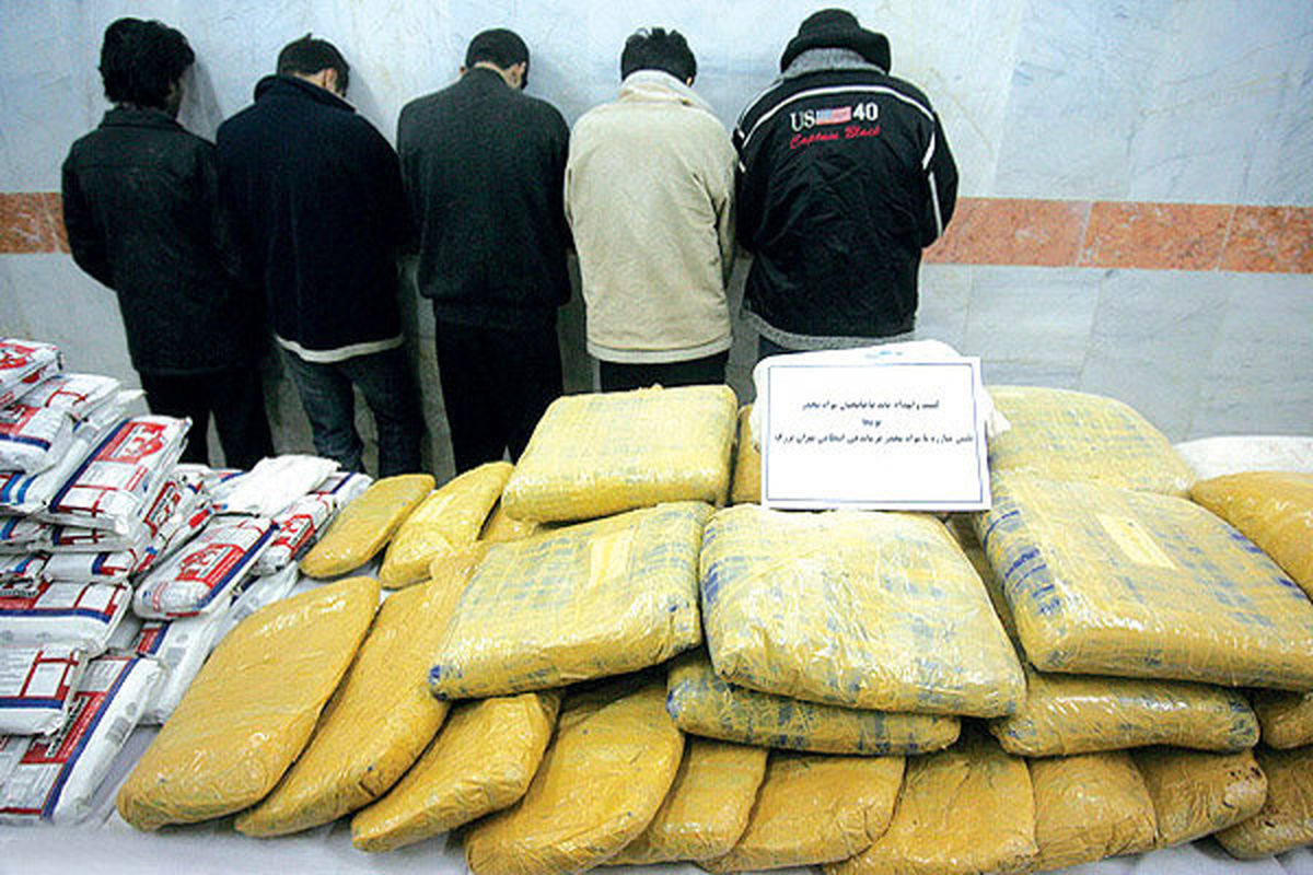 دستگیری ۲شرور مسلح که قاچاقچی مواد مخدر بودند
