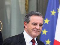 انتقاد شدید فرانسه از سوءاستفاده ابزاری آمریکا از دلار