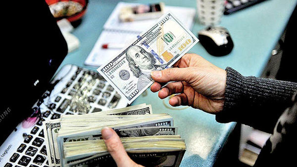 دلار با ۱۰۰تومان افزایش به ۲۴۹۰۰رسید