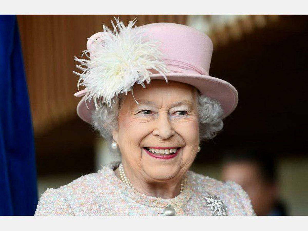 ملکه انگلیس کرونا را بحرانی متفاوت از چالشهای قبلی توصیف کرد