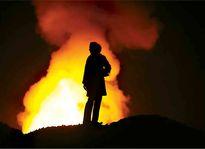 مهار آتشسوزی یک تانکر بنزین در منطقه پیروزی