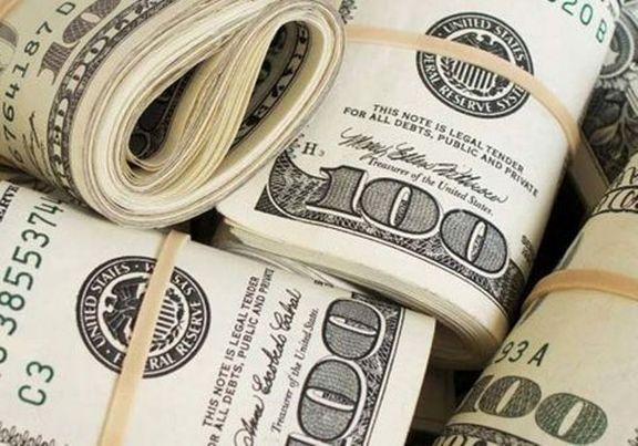 دلار وارد کانال ١٢هزار تومان شد/ یورو ٢٠٠تومان کاهش یافت