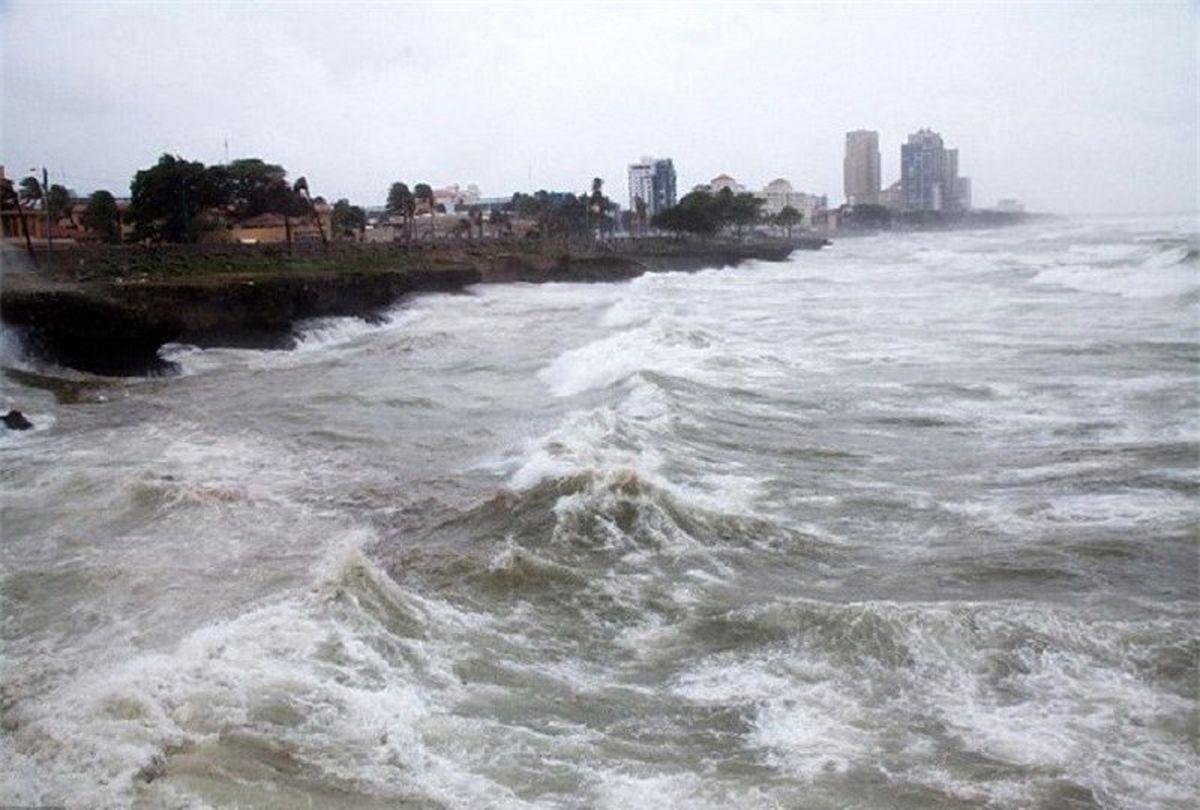 تخلیه سکوهای نفتی خلیج مکزیک آمریکا قبل از طوفان زتا