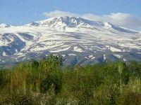 یخ نوردی تابستانی در دل کوههای زاگرس +تصاویر