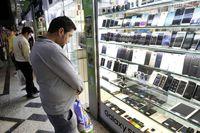 بازار تلفنهمراه در آرامش/ تخصیص ارز حاصل از صادرات به گوشیهای بالای ۳۰۰یورو