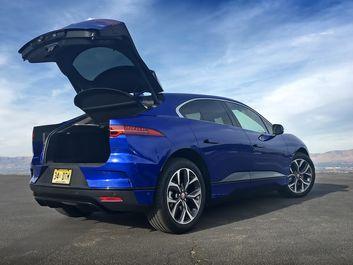 پایگاه خبری آرمان اقتصادی 2019-Jaguar-I-Pace-EV400-Blue-13 نگاهی به هاچبک شارژی جگوار +تصاویر