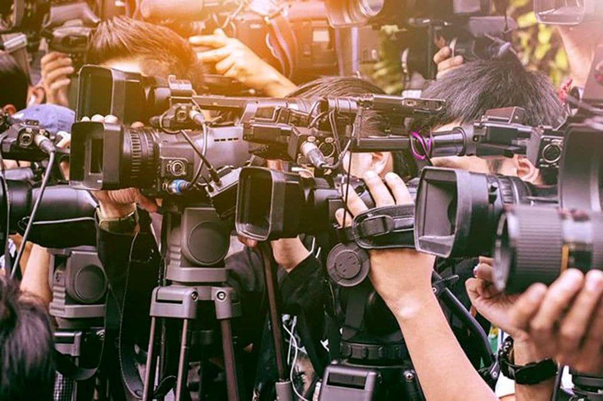 خبرنگاران باید بیمه شوند