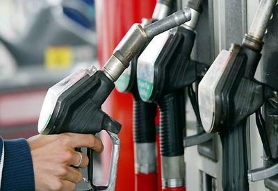 قیمت سوخت در ایران یک چهارم دلار است!