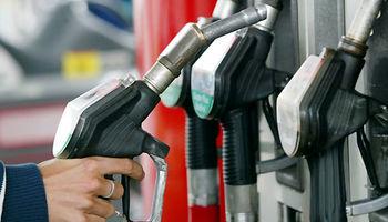 طوفان و اورهال قیمت فرآوردههای نفتی در آمریکا را افزایش داد/ وضعیت بحرانی سوخت در فلوریدا