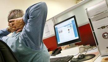قلدری کارفرمایان معضل اصلی کارمندان
