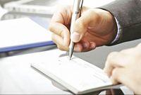 جزییات مهم درباره قانون جدید چک/ چکهای قدیمی میتواند در وجه حامل صادر شود؟