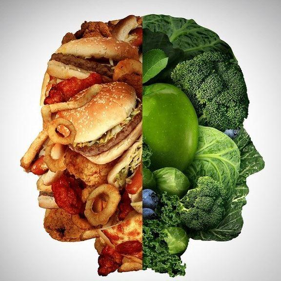 """۸تکنیک ساده برای """"غذا خوردن"""" که سلامت شما را تضمین میکند!"""