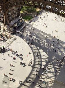 زاویهای متفاوت و حیرت انگیز از برج ایفل +عکس